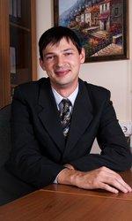 Хaчумов Сергей Вячеславович, Руководитель отдела финансовых услуг